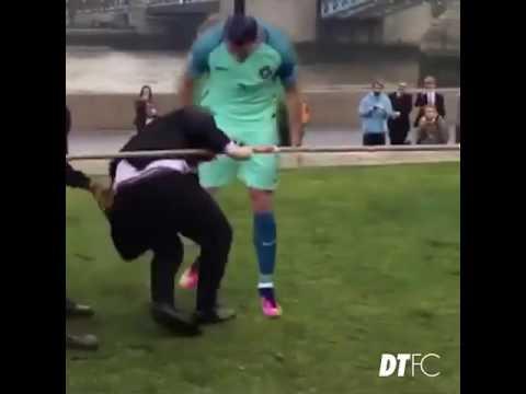 Cristiano Ronaldo Marah (Angry) Besar Tapi bikin ngakak