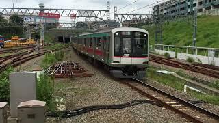 東急5000系 5114F(6ドア車組み込み) 梶が谷駅通過