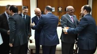 رئيس المجلس الرئاسي يستقبل وزير الشؤون المغاربية والاتحاد الافريقي والجامعة العربية .