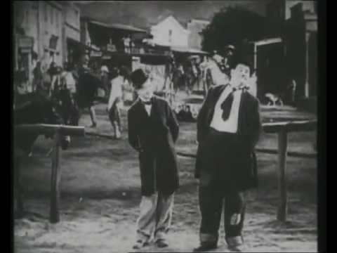 Stanlio e Ollio - Allegri vagabondi - I fanciulli del west