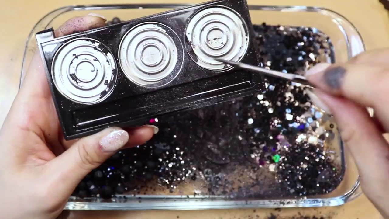 """Mixing """"Black"""" Makeup,clay,slime,glitter... Into Clear Slime! """"Blackslime"""""""