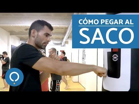 Cómo golpear el saco de boxeo