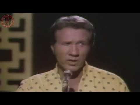 Marty Robbins - My Daddy Is Only A Picture
