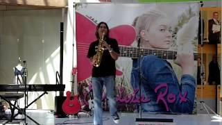Roxanne - Warren Hill (Smooth Jazz Family)