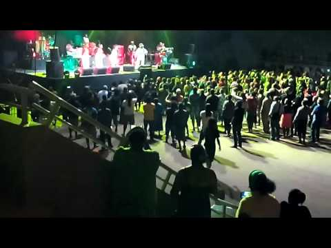 LUCKY DUBE BAND AND SISTER PHUMI IN KANAKY 04 12 201505