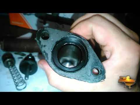 Разборка главного тормозного Мерседес и рабочего цилиндра сцепления на УАЗ.
