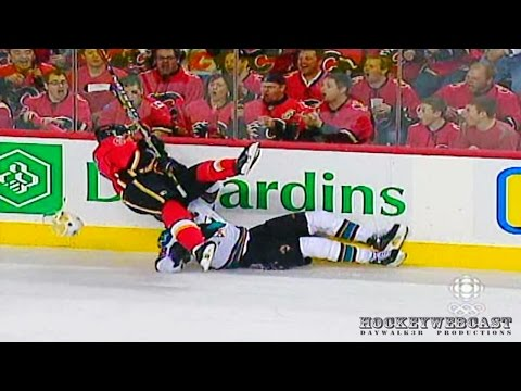 Cory Sarich HAMMERS Patrick Marleau - WCQF 2008 (HD Multiview)