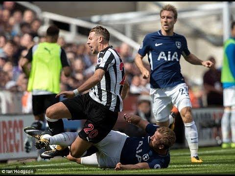 Florian Lejeune Vs Tottenham Hotspur (Home) August (17/18)
