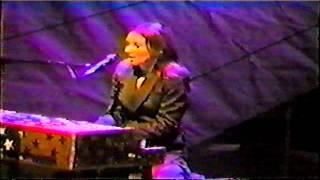 Tori Amos NYC 9 October 2001 Crucify