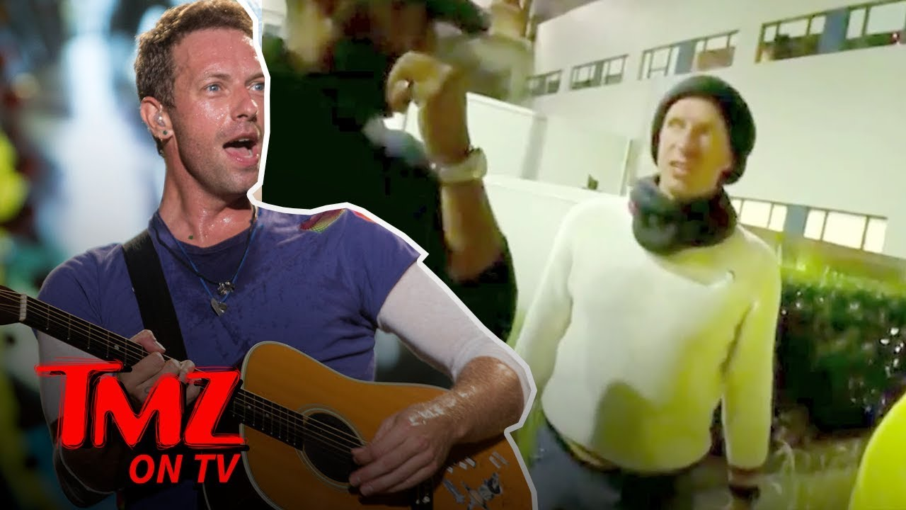 Chris Martin Goes OFF on Autograph Seekers | TMZ TV