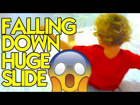 😱 HUGE SLIDE MADE OF TAPE 👭 | Tulsa Children's Museum: Discovery Labs ⚙️ [Tulsa, OK] | LaneVids