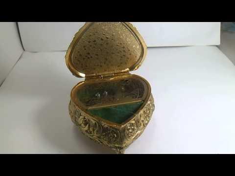 caja musical antigua de porcela