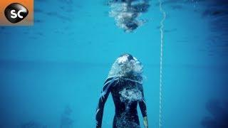 plonger 100 mètres sans oxygène : forces de la nature