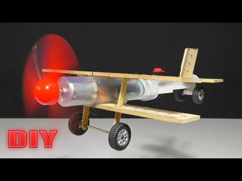 ЛЕТАЮЩИЙ САМОЛЁТ ИЗ ШПРИЦА | How to Make A Plane With DC Motor - Toy  DIY