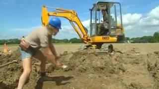 Time Team   Season 9, Episode 7   Iron Age Market Helford, Cornwall