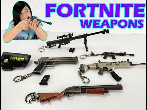 Mini FORTNITE WEAPONS On Keychains:Pump Shotgun, Scar, Heavy Sniper, Desert Eagle, Burst Assault Rfl