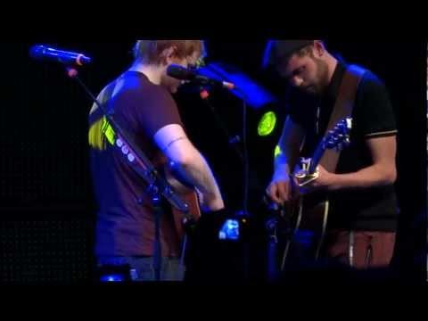 Ed Sheeran And Passenger Hearts On Fire- Brisbane Riverstage 2/3/13