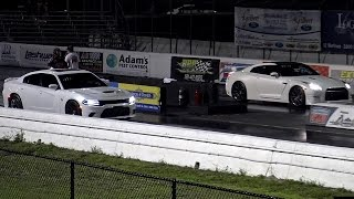 2016 HELLCAT v Nissan GT-R - 1/4 mile Drag Race - Road Test TV