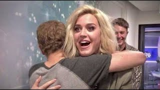 Download Celebrities Surprising Fans 💖 - Video Compilation Mp3 and Videos