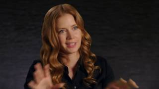 Arrival behind the scenes interview - amy adams