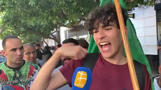 Un étudiant au micro de Berbère TV