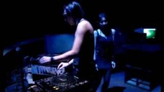 DJ DILLEST vs DJ ICHA (PACIFIC DJ TEAM) BATAM ISLAND.flv