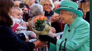 Queen Elizabeth Visits Lexicon Shopping Centre Bracknell 2018