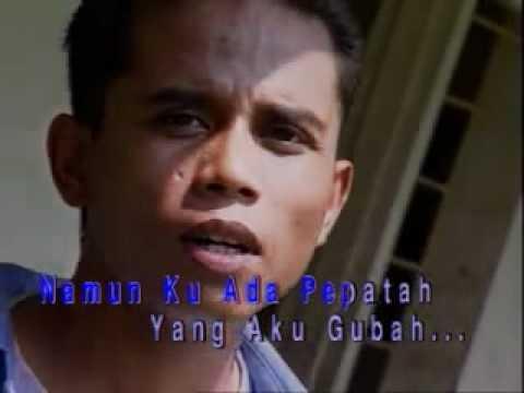 Disana Menanti Disini Menunggu - Ukays - YouTube.flv