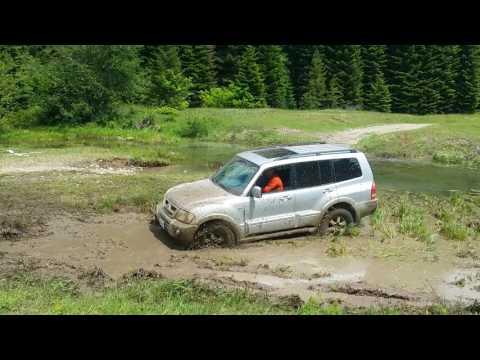 2006 Mitsubishi Montero Swamp Off-road