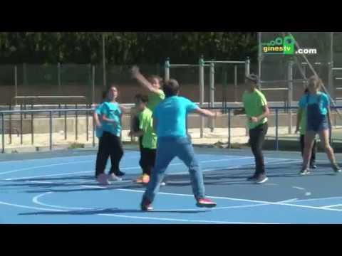 200 niños y niñas participan en las Olimpiadas Escolares de Gines