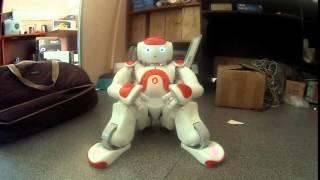 Робот Nao скучает и хочет найти друзей