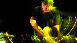 Hudson Mohawke - Twistclip Loop
