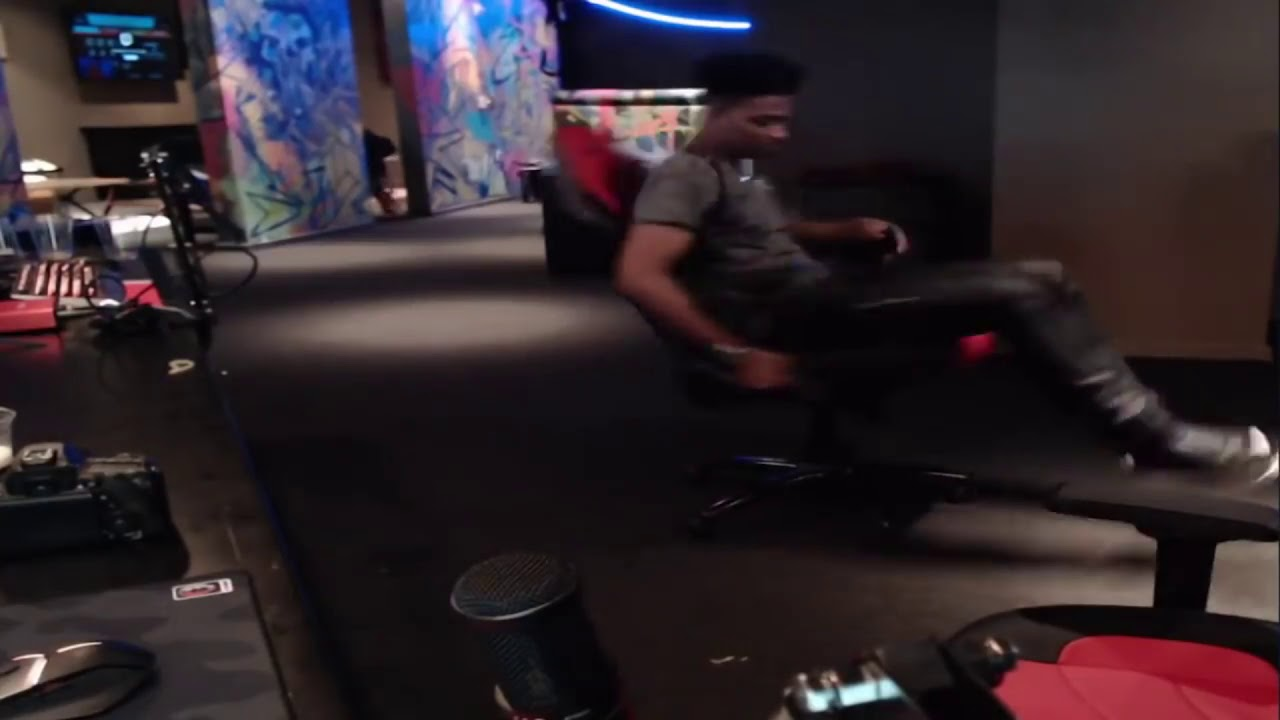Etika Spins in a chair for 10 minutes