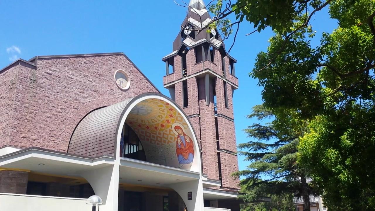 Andora in provincia di savona ecco una chiesa con uno for Stile moderno