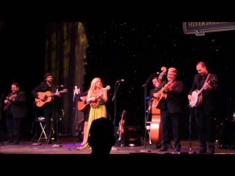 """RHONDA  VINCENT and the RAGE @ Silver Dollar City """"Black Mountain Rag"""""""