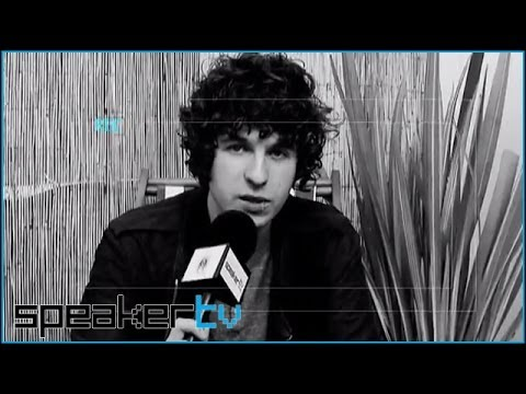 The Kooks Discuss Rivalry With Arctic Monkeys