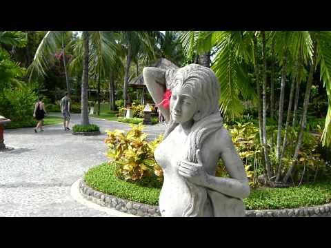gartenanlage-vom-melia-bali-hotel,-bali-indonesia-hd-!!!-komplett