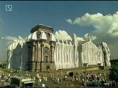 Wrapped Reichstag - quickmotion - Christo and Jeanne-Claude
