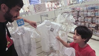 شريت لزياد ملابس اطفال للعيد 😂😂😂