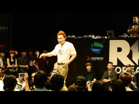 Dokyun vs Hozin @ R16 Korea 2011