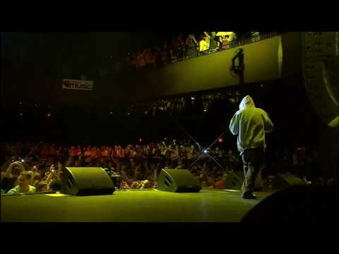 Download Youtube: Eminem - Lose Yourself [Live] [HD 720p]