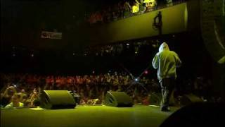 Download Eminem - Lose Yourself [Live] [HD 720p] MP3 song and Music Video