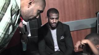 Tim Duncan gives Chris Paul