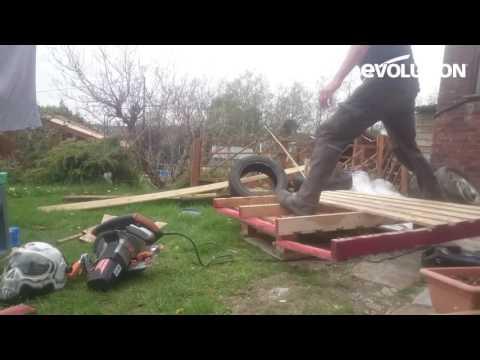 evolution-rage230-circular-saw-:-how-to-make-a-quick-garden-table!