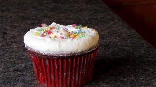 Sjokolade cupcakes | Smørkrem og pynting Thumbnail
