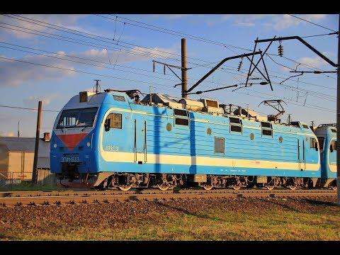 ЭП1М-533 с пассажирским поездом, ст. Шахунья