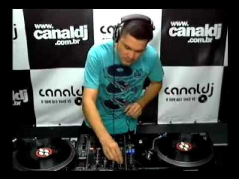 DJ Kleber Stancari ( Tribal & Dutch House ) no Canal DJ 15.09.2012