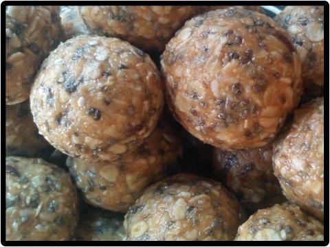 No-Bake Healthy Oatmeal Chia seeds Energy Balls