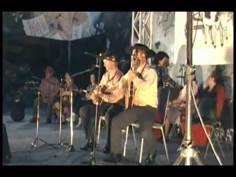 Negro ancoino y su yunta En vivo en el anfiteatro de Linares