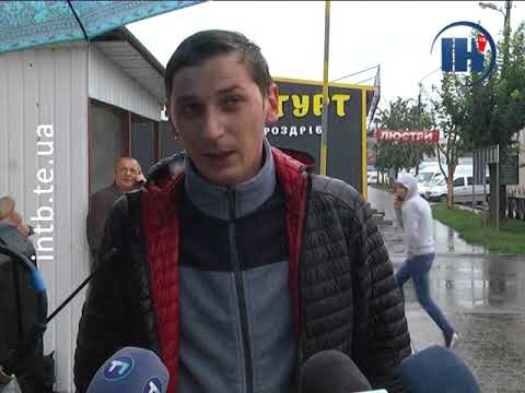 Телеканал ІНТБ: Поліція евакуювала фури біля центрального ринку, які заважали руху транспорту